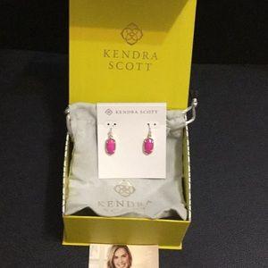 NWT Kendra Scott Lee Gold Earring w/dustbag box